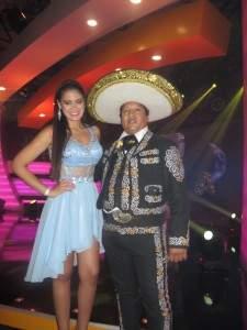 Mariachis en Comas
